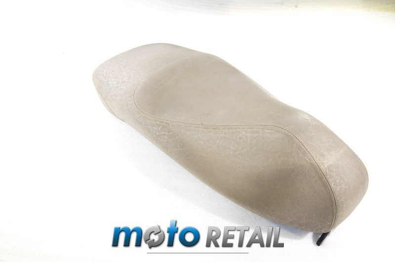 05 Piaggio Vespa GTS 125 250 300 ie Seat saddle